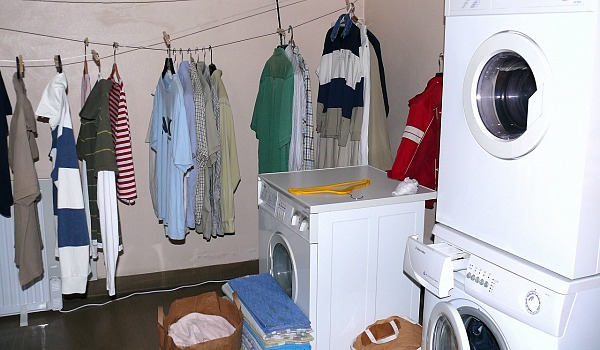 how to clean and organize laundry room